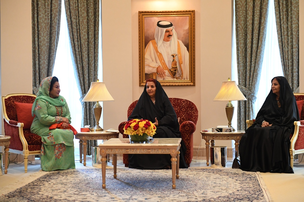 HRH Princess Sabeeka receives Malaysian Premier's wife